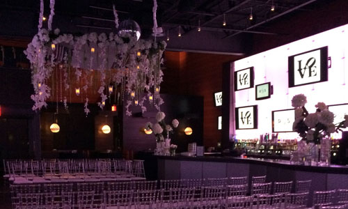 Weddings at Chickie's & Pete's